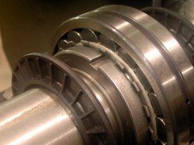 Kunskap, montage och service av lagringar och kraftöverföring.